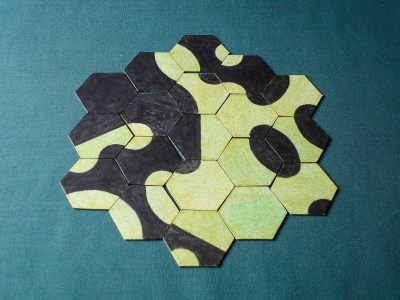 domino hexagonala