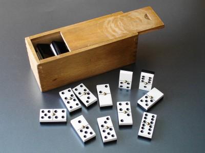 ideal dominoa