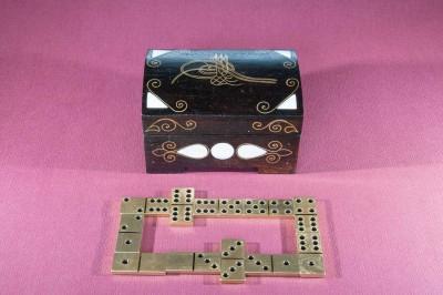 metalezko dominoa